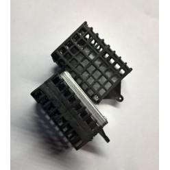 Кормушка HDR квадрат 165гр мягкая
