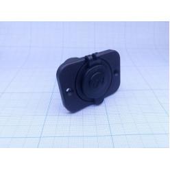 разъём прикуривателя на панели врезной,чёрный 12v AES1118SP211
